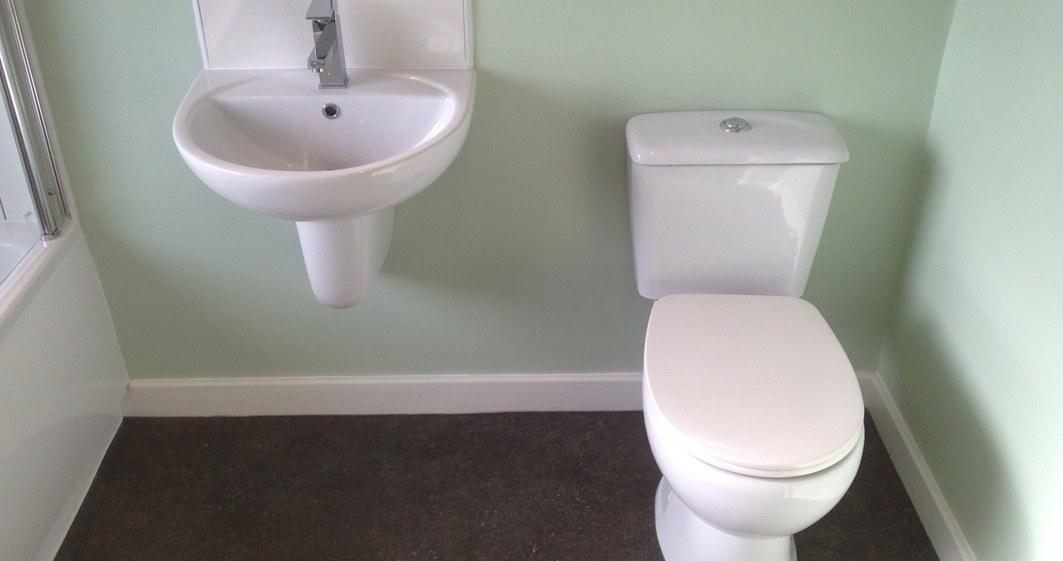 Strange Why Choose A Water Resistant Carpet For Your Bathroom Beutiful Home Inspiration Semekurdistantinfo